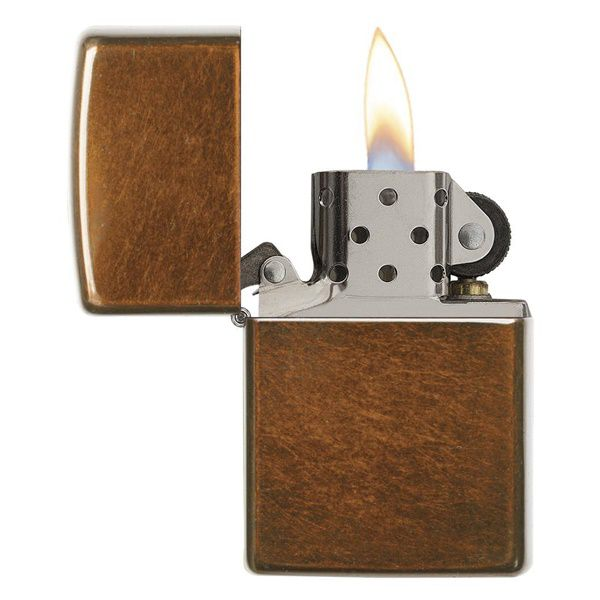 https://batluazippousa.com/wp-content/uploads/2018/08/bat-lua-zippo-chinh-hang-Toffee-nau-21184.2.jpg