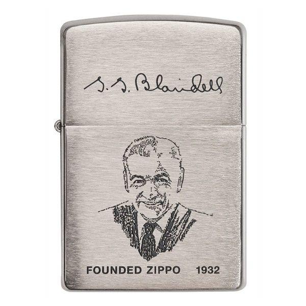 bat-lua-zippo-hinh-anh-va-chu-ky-nguoi-sang-lap-200FL.1