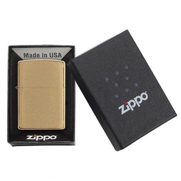 https://batluazippousa.com/wp-content/uploads/2018/08/bat-lua-zippo-vang-xuoc-Burushed-Brass-204B4.jpg